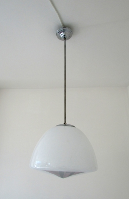9 X opaline and chrome hang